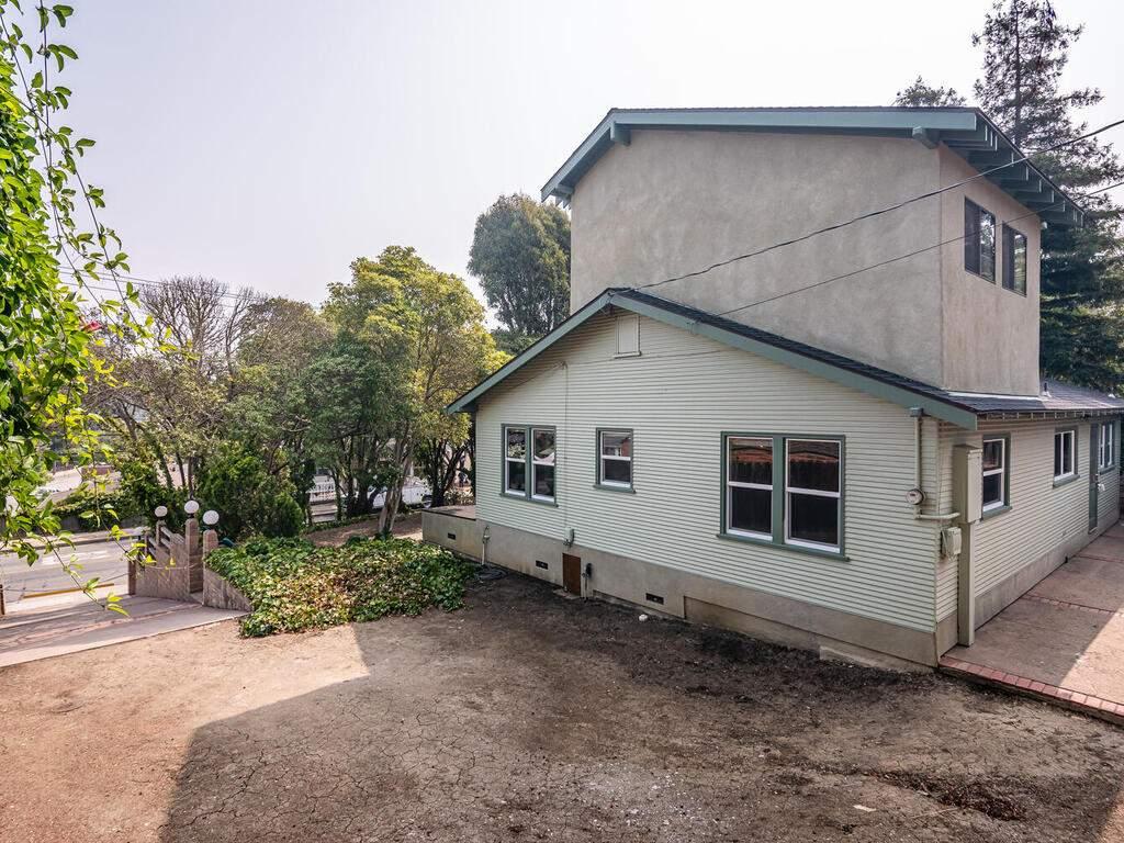 217-Broad-St-San-Luis-Obispo-026-023-Rear-of-Home-MLS_Size