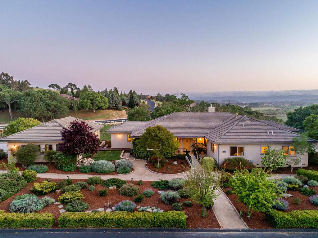 2197-Lake-Ysabel-Rd-Templeton-CA-93465-USA-001-047-Front-of-Home-MLS_Size