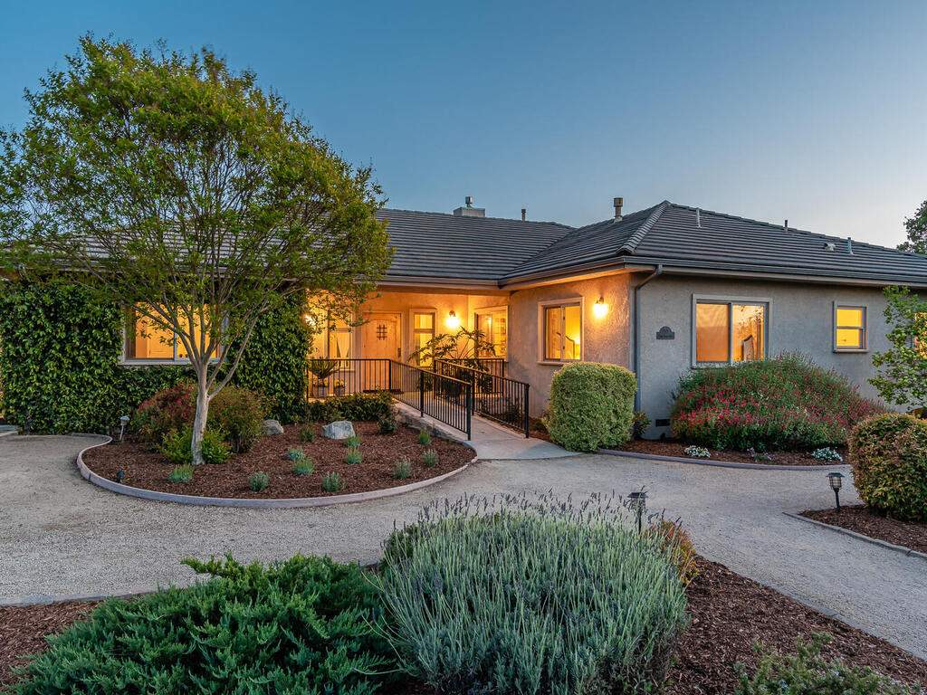 2197-Lake-Ysabel-Rd-Templeton-CA-93465-USA-006-005-Front-of-Home-MLS_Size