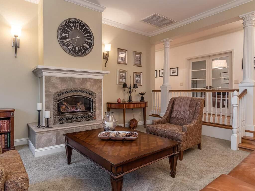 2197-Lake-Ysabel-Rd-Templeton-CA-93465-USA-008-004-Living-Room-MLS_Size