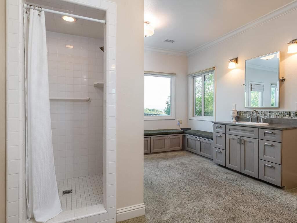 2197-Lake-Ysabel-Rd-Templeton-CA-93465-USA-021-014-Master-Suite-MLS_Size