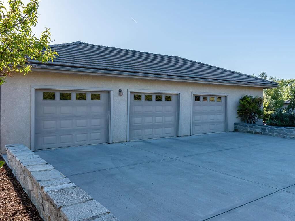 2197-Lake-Ysabel-Rd-Templeton-CA-93465-USA-049-044-Garage-MLS_Size