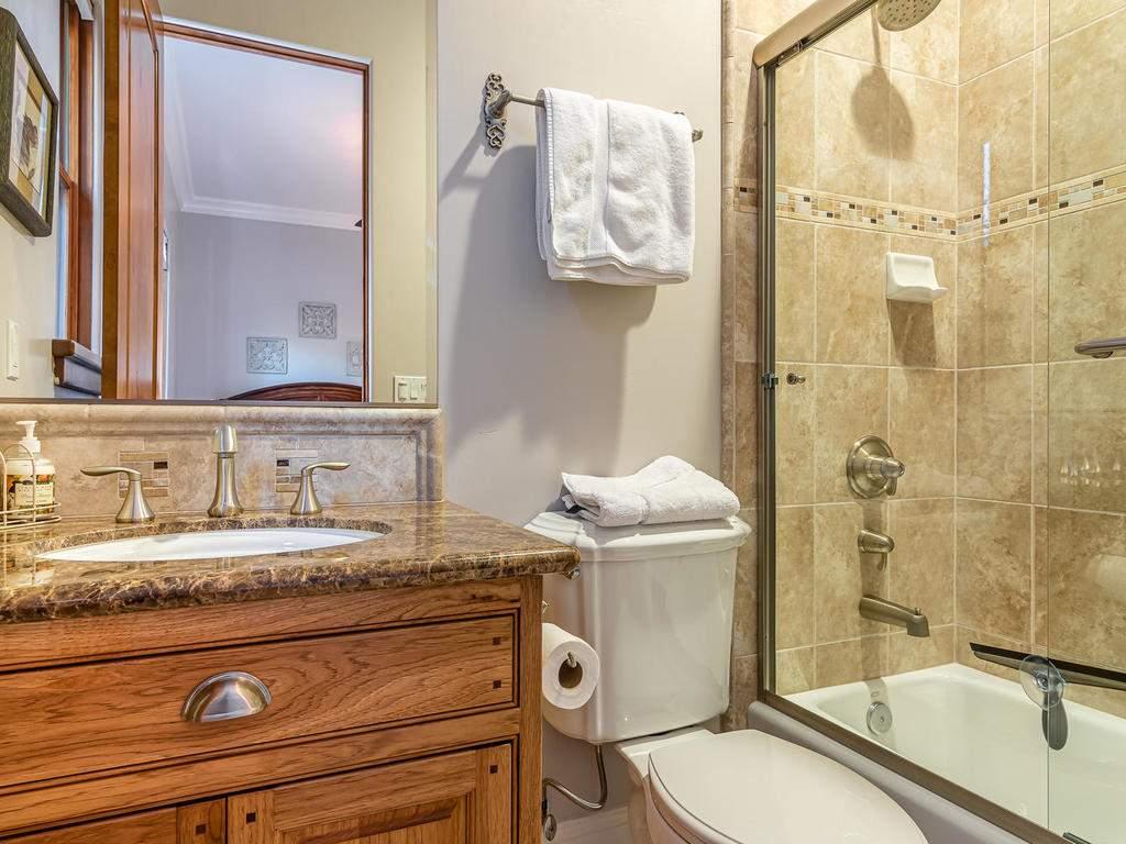 2225-Battering-Rock-Rd-032-035-Bedroom-Two-Suite-MLS_Size