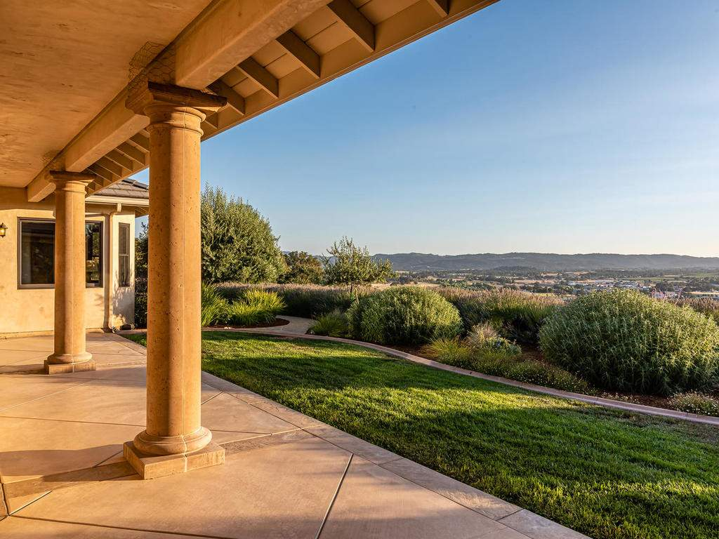 2225-Battering-Rock-Rd-048-050-Covered-Patio-MLS_Size