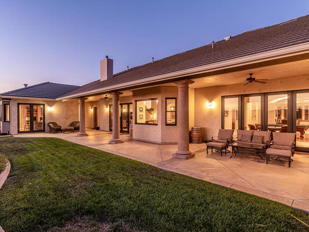 2225-Battering-Rock-Rd-049-054-Covered-Patio-MLS_Size