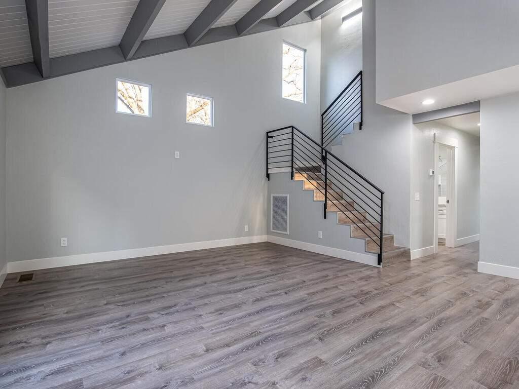 22263-J-St-Santa-Margarita-CA-007-004-Living-Room-MLS_Size