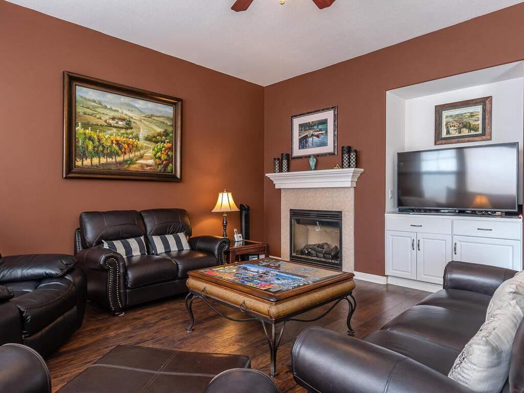 223-Silver-Oak-Dr-Paso-Robles-CA-93446-USA-007-006-Living-Room-MLS_Size