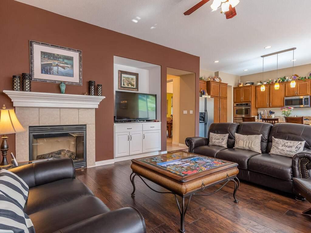 223-Silver-Oak-Dr-Paso-Robles-CA-93446-USA-008-017-Living-Room-MLS_Size