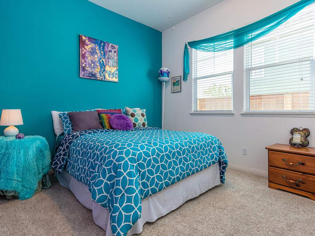 223-Silver-Oak-Dr-Paso-Robles-CA-93446-USA-018-022-Bedroom-2-MLS_Size
