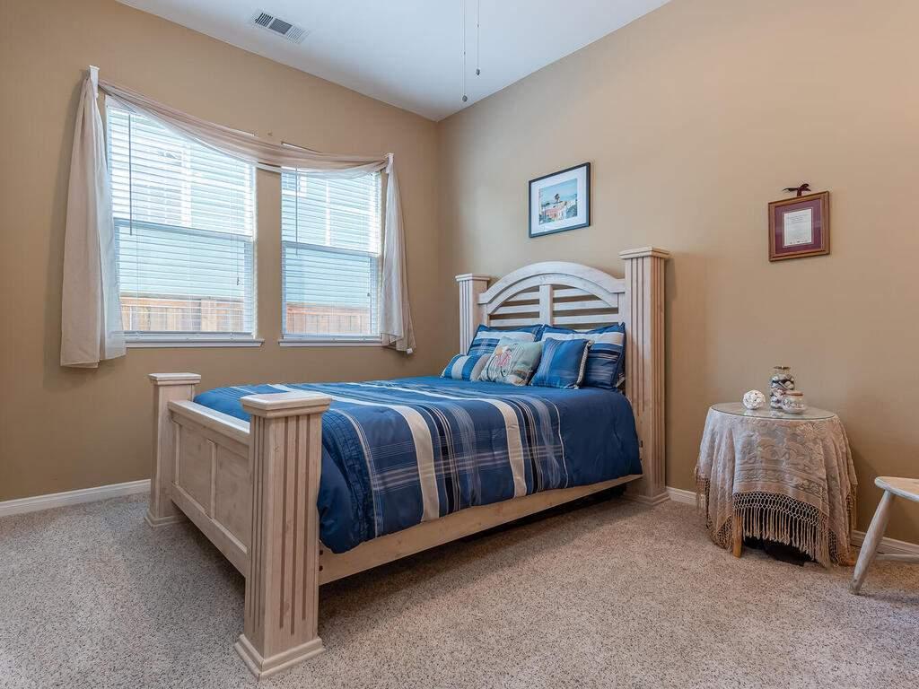 223-Silver-Oak-Dr-Paso-Robles-CA-93446-USA-019-020-Bedroom-3-MLS_Size