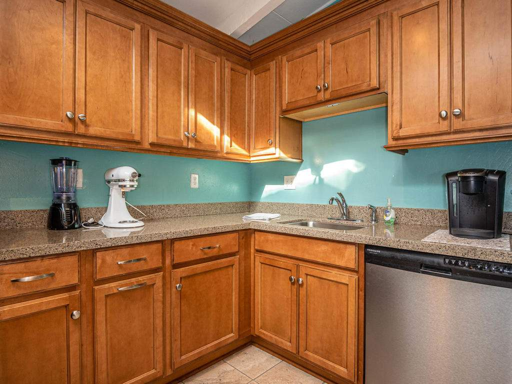 255-San-Augustin-Dr-Paso-014-010-Kitchen-MLS_Size