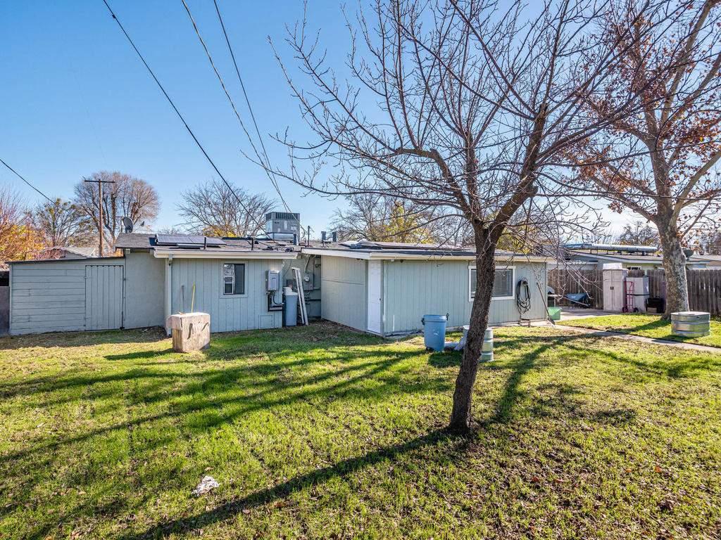 255-San-Augustin-Dr-Paso-024-025-Back-Yard-MLS_Size