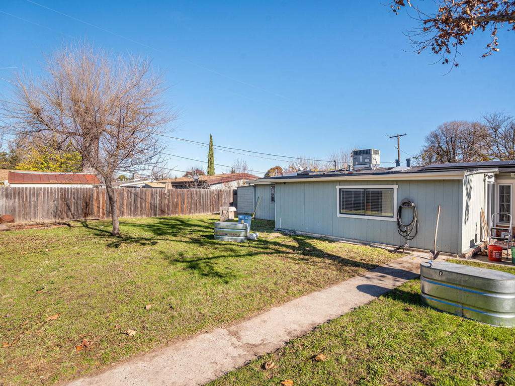 255-San-Augustin-Dr-Paso-026-026-Back-Yard-MLS_Size