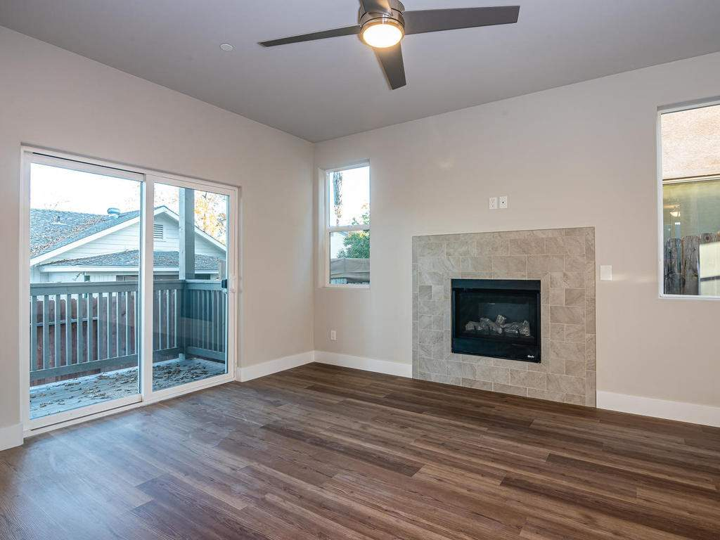 2938-Vine-St-Paso-Robles-CA-006-008-Living-Room-MLS_Size