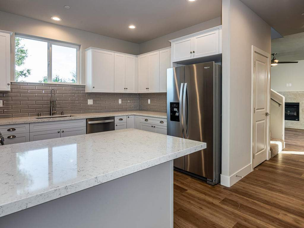 2938-Vine-St-Paso-Robles-CA-008-005-Kitchen-MLS_Size