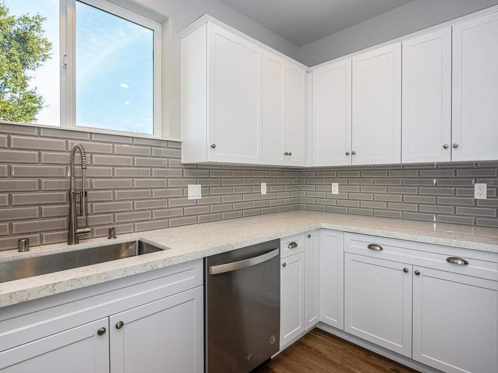 2938-Vine-St-Paso-Robles-CA-011-014-Kitchen-MLS_Size