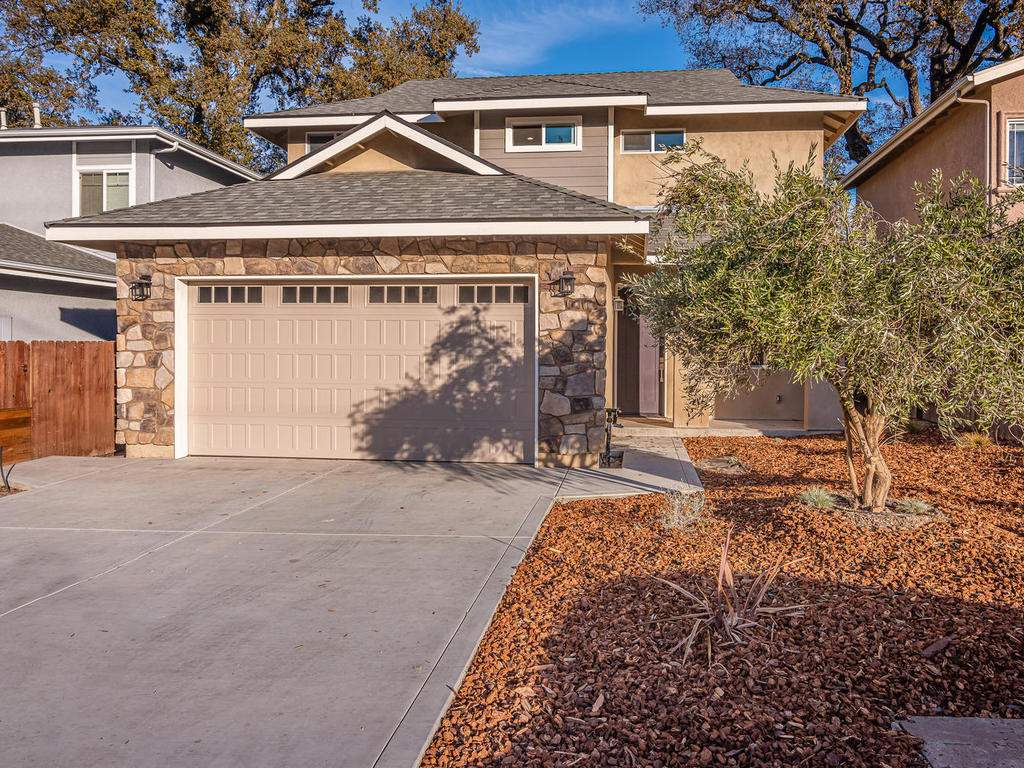 2938-Vine-St-Paso-Robles-CA-032-036-Front-of-Home-MLS_Size