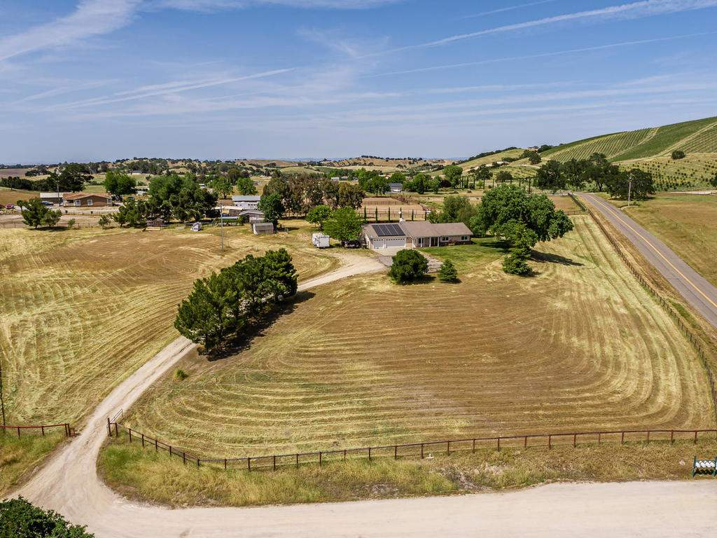2950-Symphony-Oaks-Dr-001-001-Aerial-View-MLS_Size