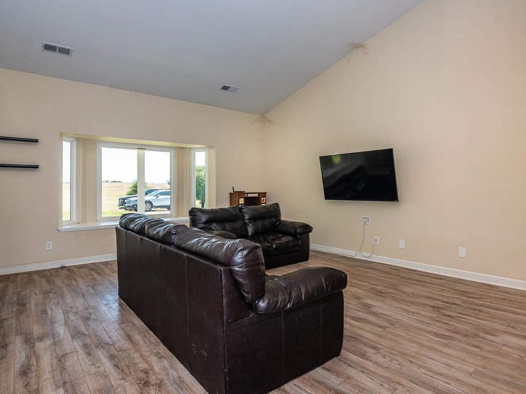 2950-Symphony-Oaks-Dr-004-002-Living-Room-MLS_Size
