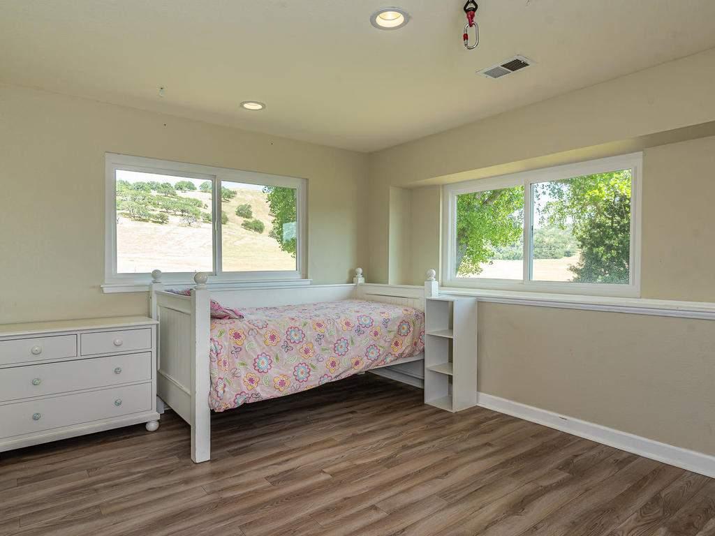 2950-Symphony-Oaks-Dr-019-024-Bedroom-Three-MLS_Size