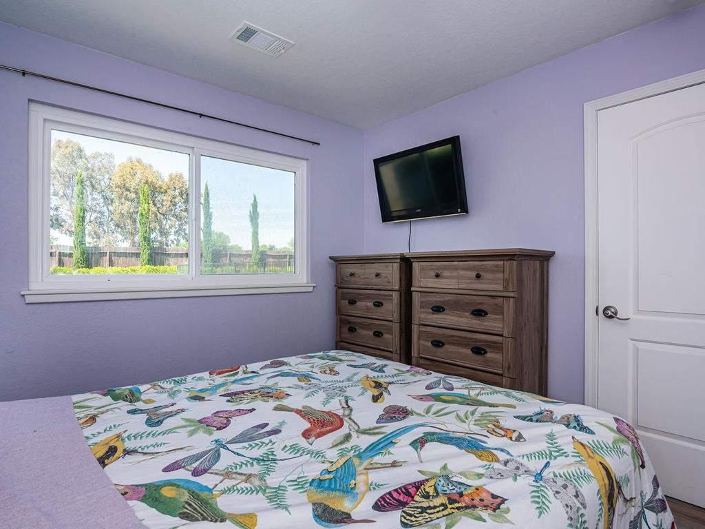 2950-Symphony-Oaks-Dr-021-035-Bedroom-Four-MLS_Size