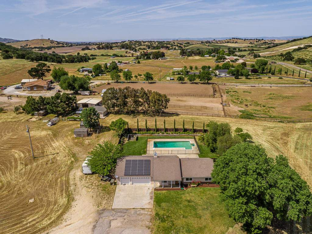 2950-Symphony-Oaks-Dr-039-033-Aerial-View-MLS_Size