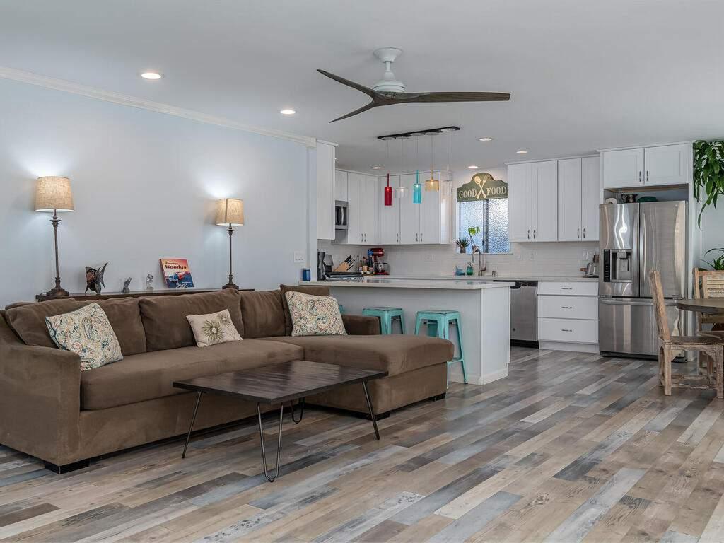3191-Ocean-Blvd-Cayucos-CA-93430-USA-008-008-Living-Room-MLS_Size