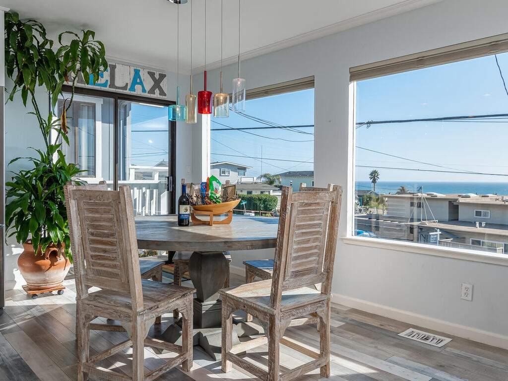 3191-Ocean-Blvd-Cayucos-CA-93430-USA-009-011-Dining-Room-MLS_Size