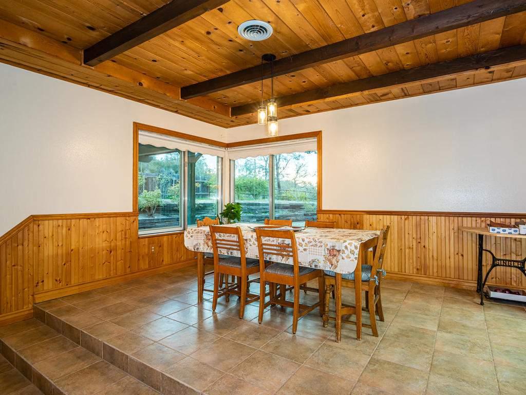 3928-Parkhill-Rd-Santa-007-007-Dining-Room-MLS_Size