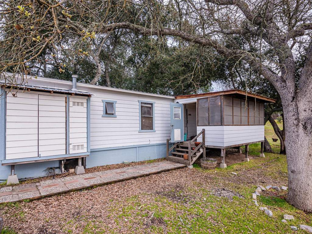 3928-Parkhill-Rd-Santa-032-052-Guest-House-MLS_Size