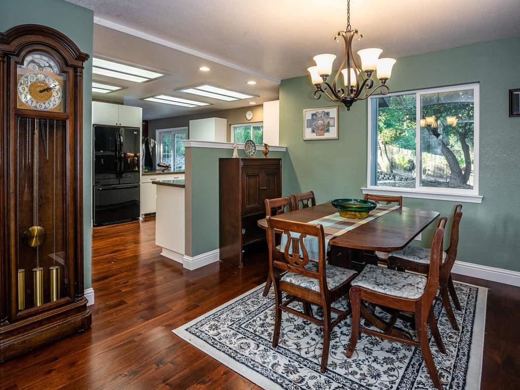 4425-Tranquilla-Ave-Atascadero-010-008-Dining-Room-MLS_Size