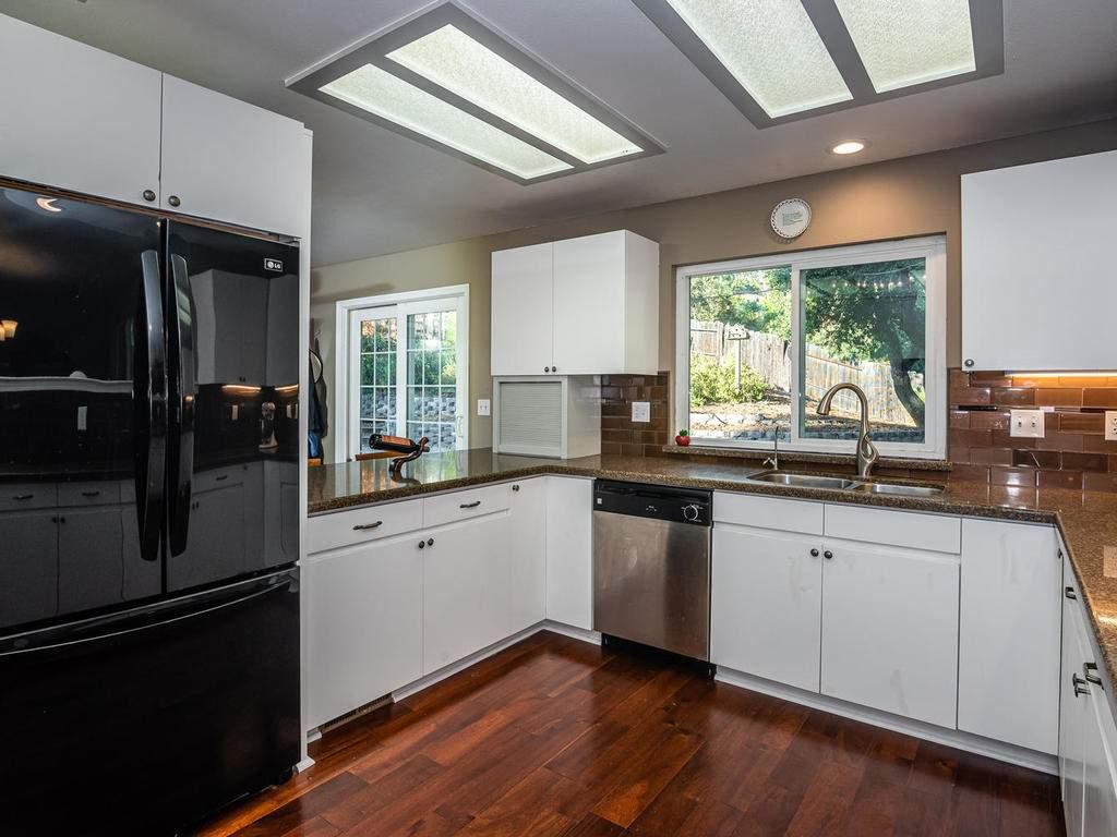 4425-Tranquilla-Ave-Atascadero-012-011-Kitchen-MLS_Size