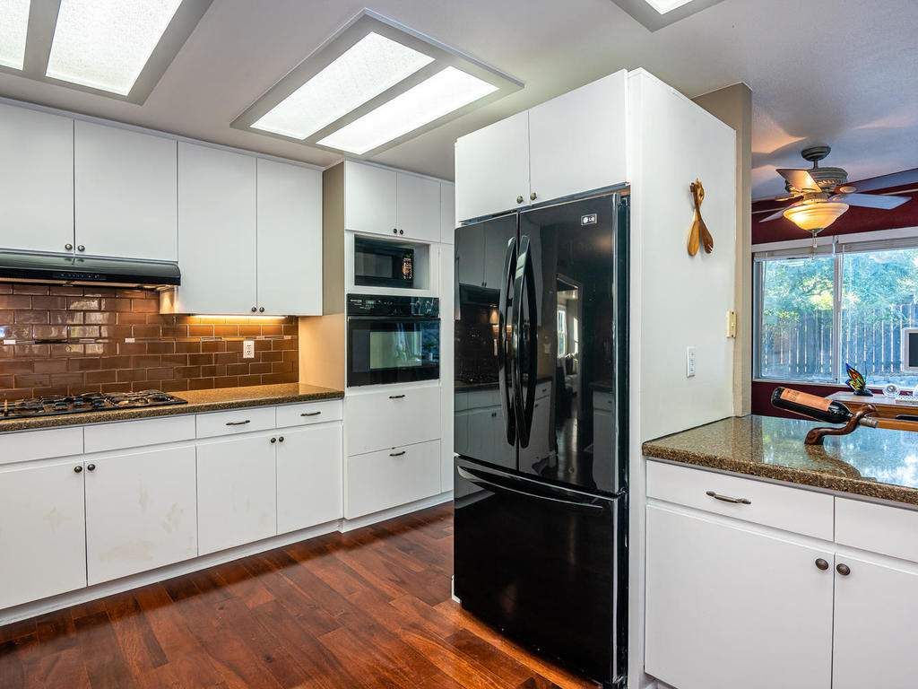 4425-Tranquilla-Ave-Atascadero-014-013-Kitchen-MLS_Size