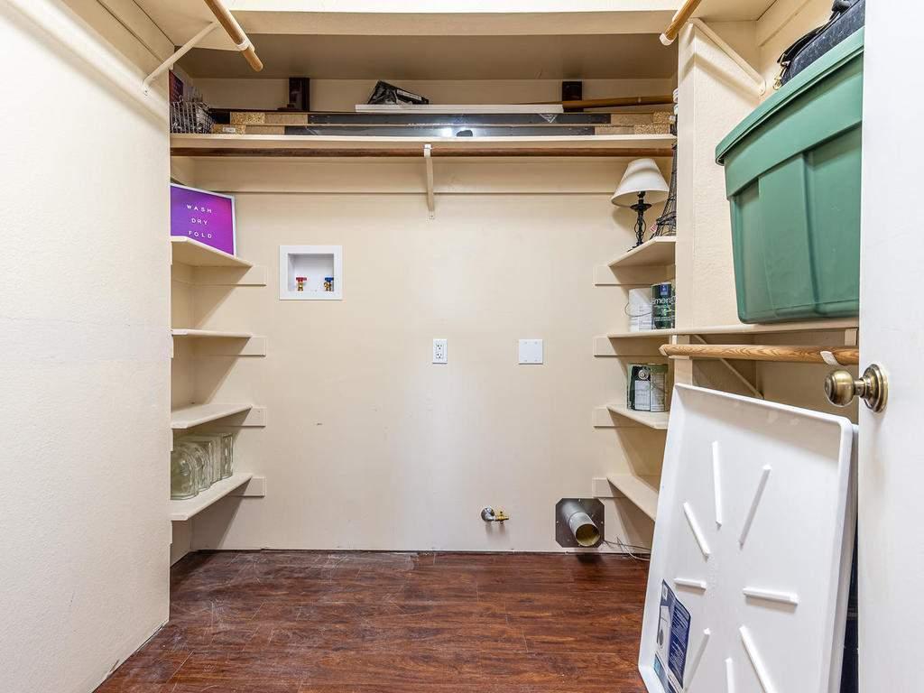 4425-Tranquilla-Ave-Atascadero-026-029-Laundry-MLS_Size