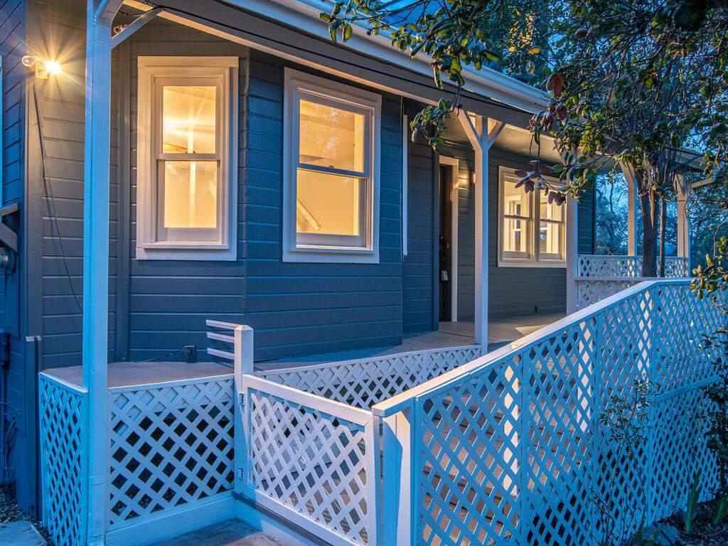 4450-Rosita-Ave-Atascadero-CA-93422-USA-006-006-Entry-MLS_Size