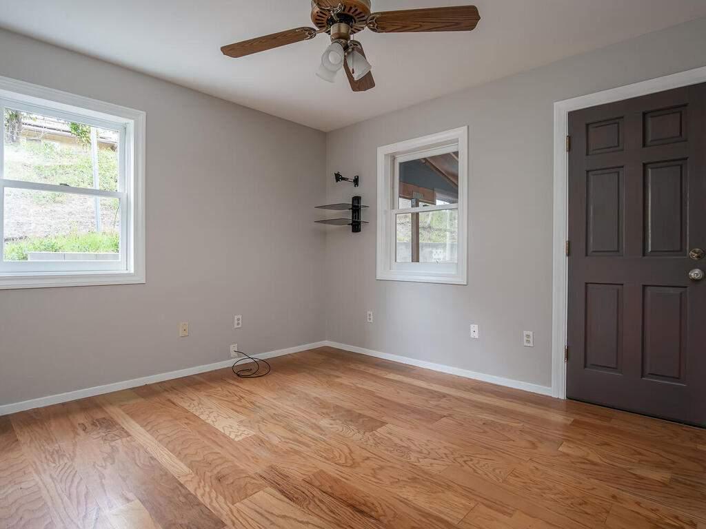4450-Rosita-Ave-Atascadero-CA-93422-USA-020-017-Bedroom-3-MLS_Size
