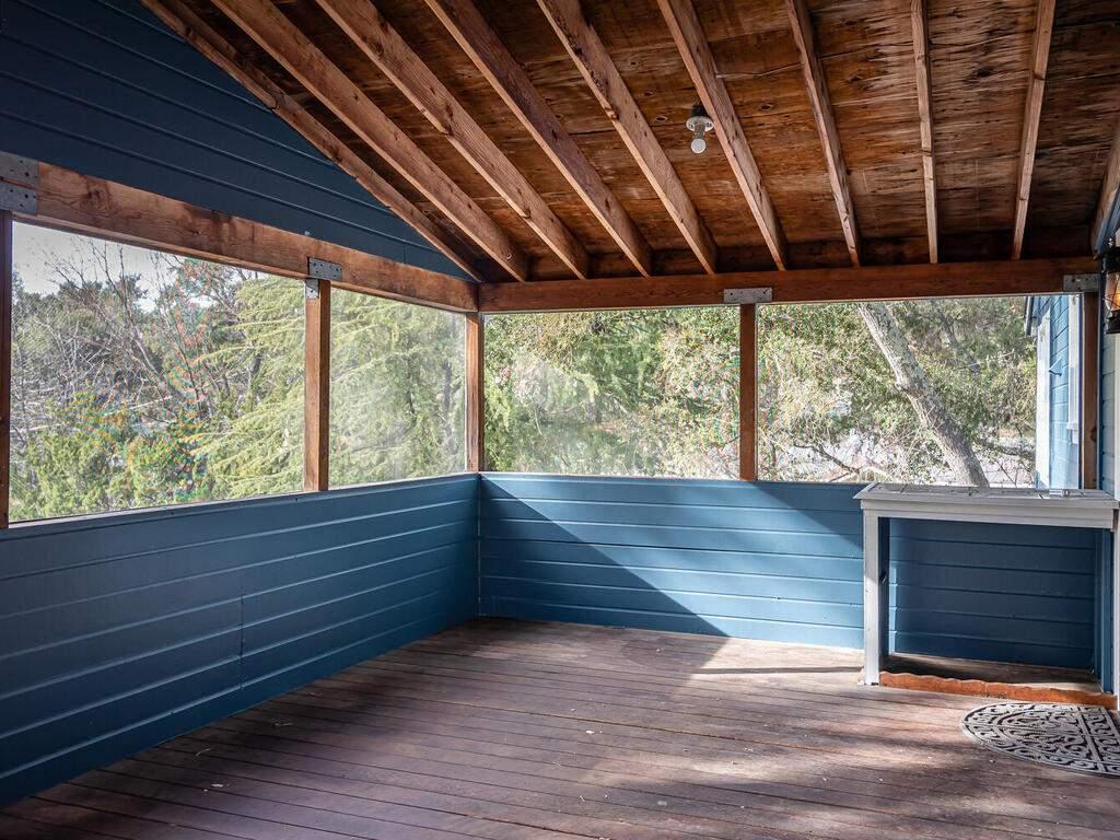 4450-Rosita-Ave-Atascadero-CA-93422-USA-028-025-Back-Deck-MLS_Size