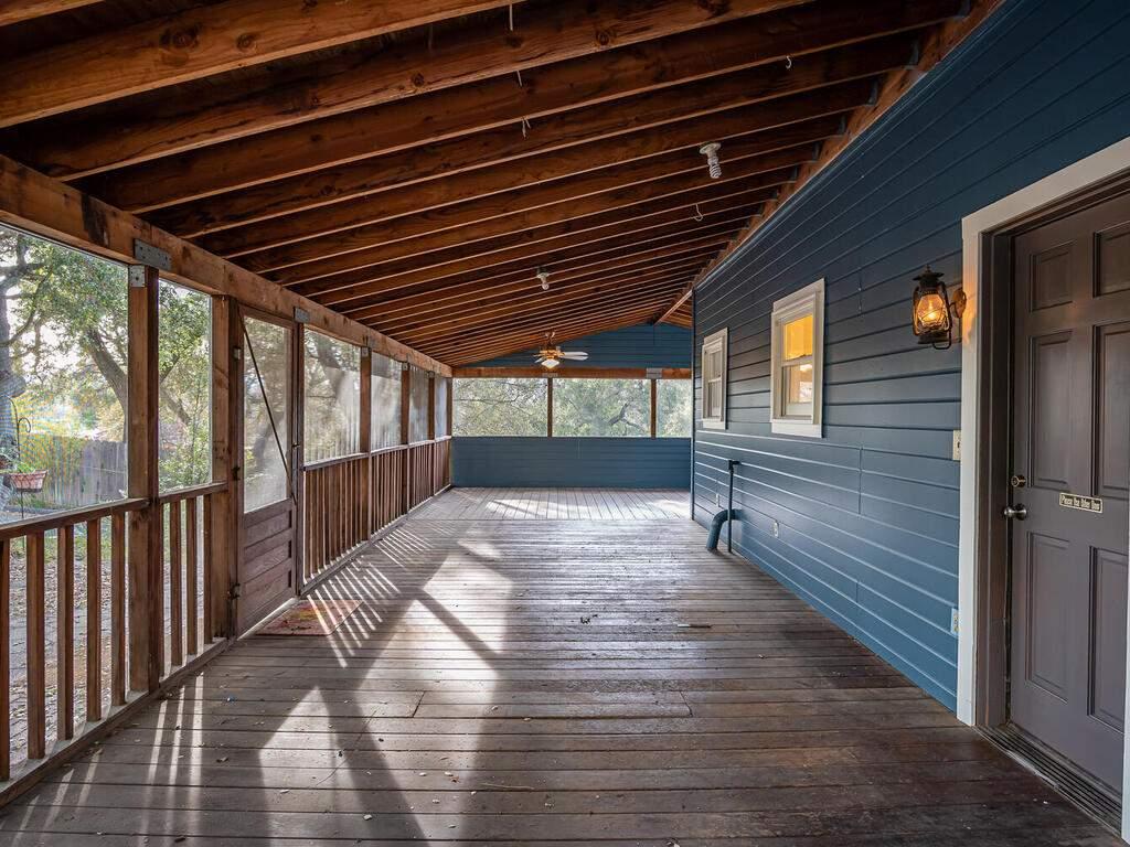 4450-Rosita-Ave-Atascadero-CA-93422-USA-029-027-Back-Deck-MLS_Size