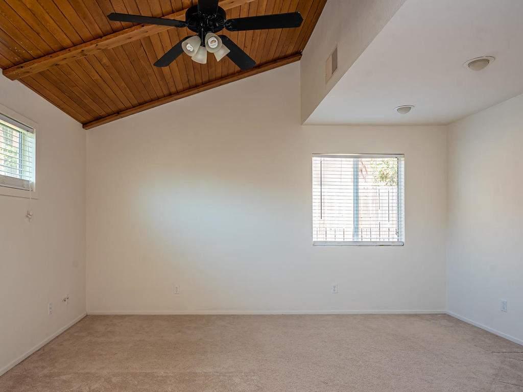 46-Lone-Oak-Way-Templeton-CA-011-004-Master-Suite-MLS_Size