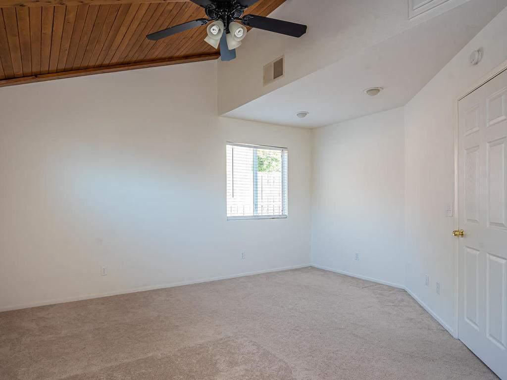 46-Lone-Oak-Way-Templeton-CA-012-008-Master-Suite-MLS_Size
