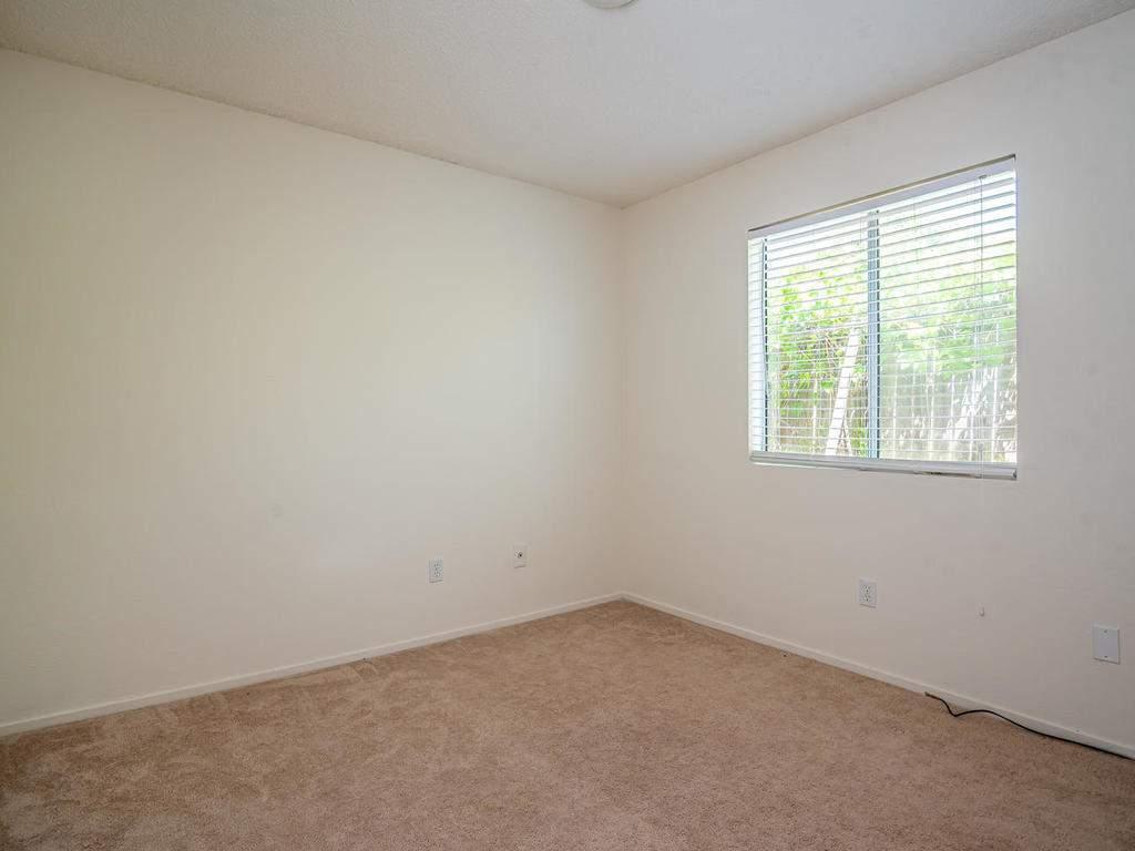 46-Lone-Oak-Way-Templeton-CA-018-025-Bedroom-3-MLS_Size