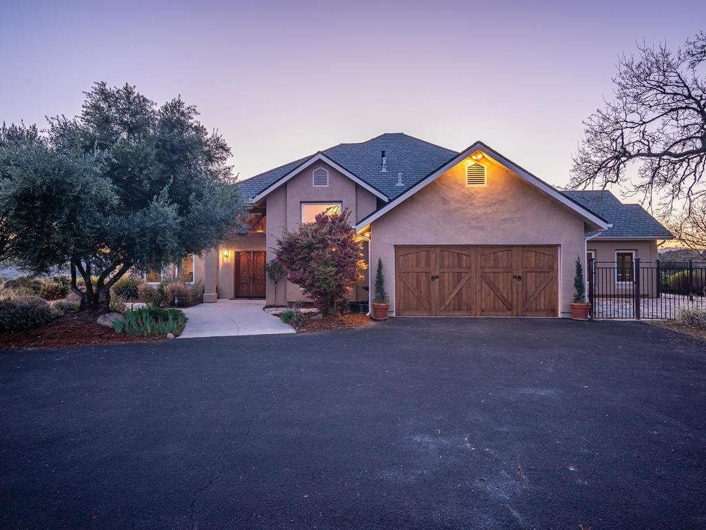 4678-Salt-Creek-Rd-Templeton-003-001-Front-of-Home-MLS_Size