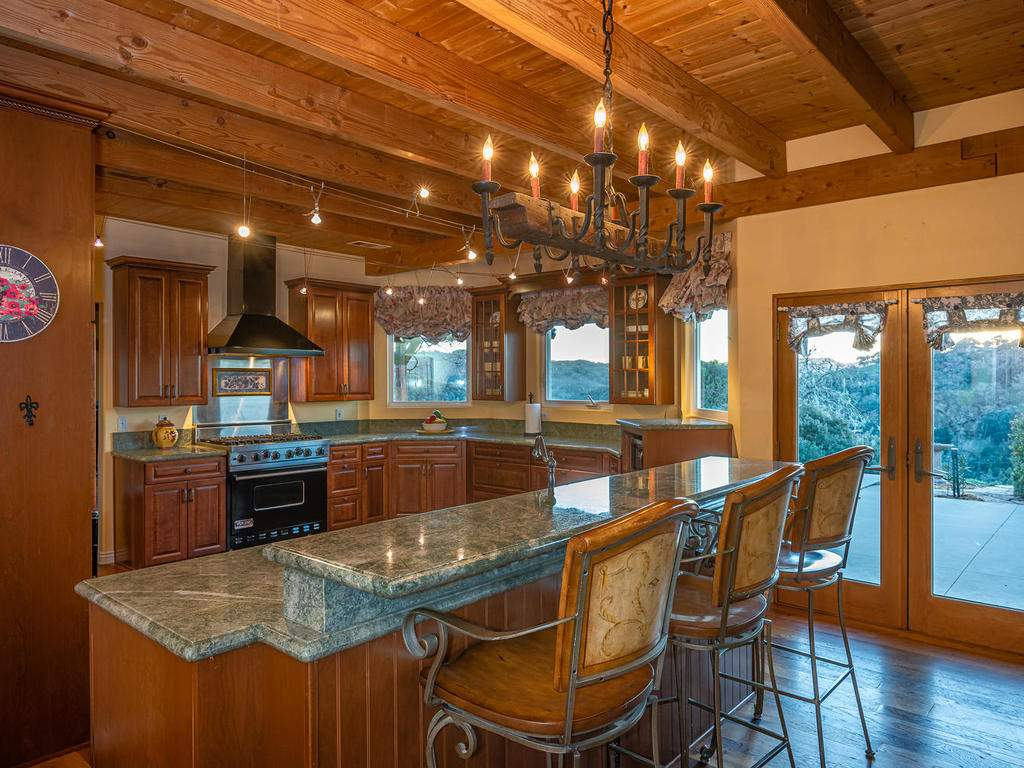 4678-Salt-Creek-Rd-Templeton-013-011-Kitchen-MLS_Size