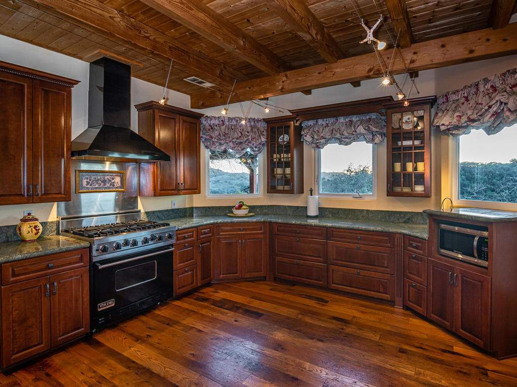 4678-Salt-Creek-Rd-Templeton-015-048-Kitchen-MLS_Size