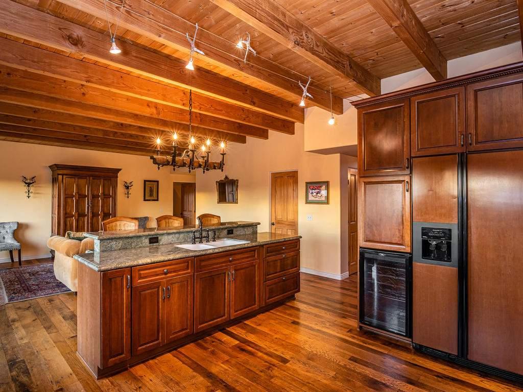 4678-Salt-Creek-Rd-Templeton-016-013-Kitchen-MLS_Size