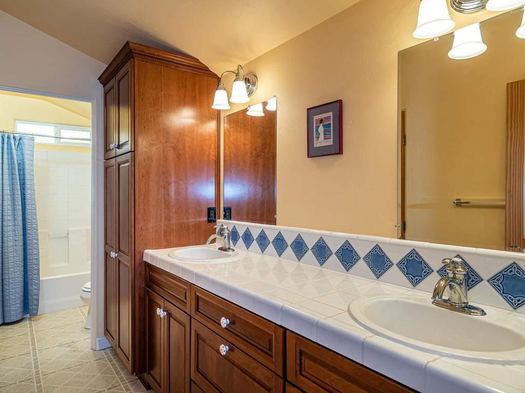 4678-Salt-Creek-Rd-Templeton-028-023-Bathroom-Four-MLS_Size