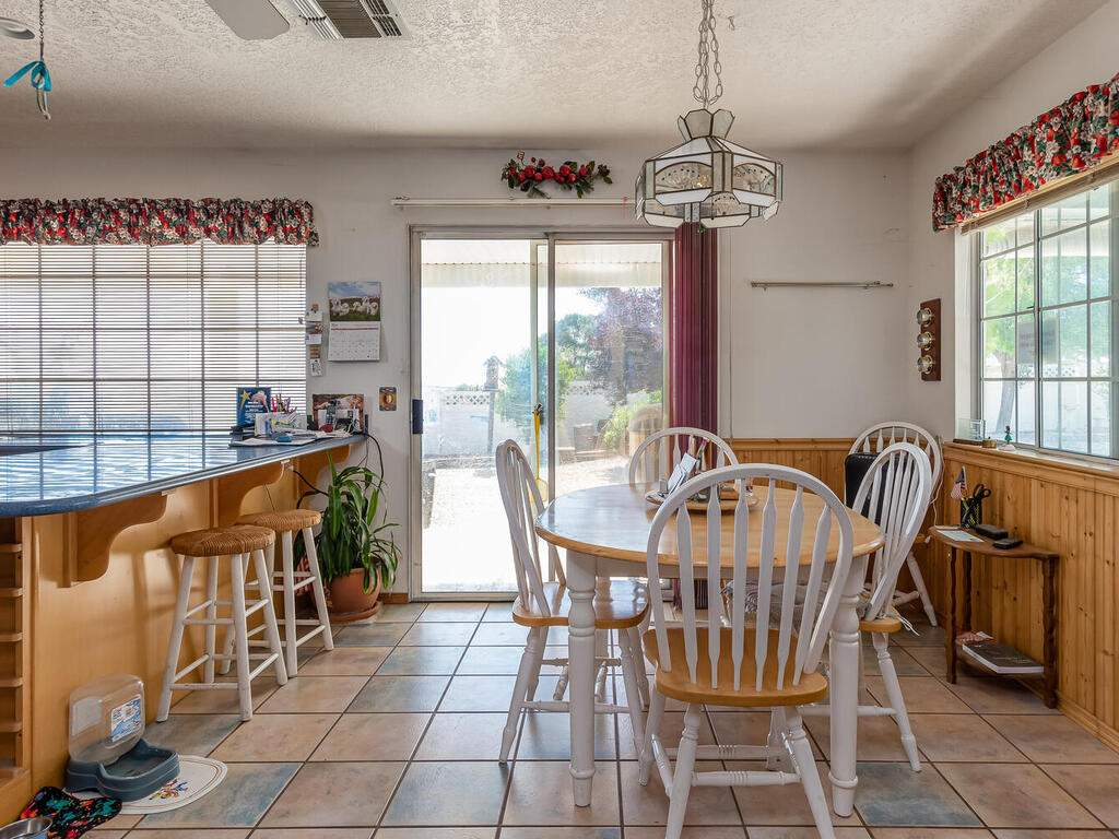 5070-White-Tail-Pl-Paso-Robles-CA-93446-USA-005-006-Dining-Room-MLS_Size