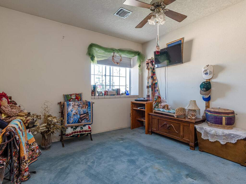 5070-White-Tail-Pl-Paso-Robles-CA-93446-USA-014-013-Bedroom-3-MLS_Size