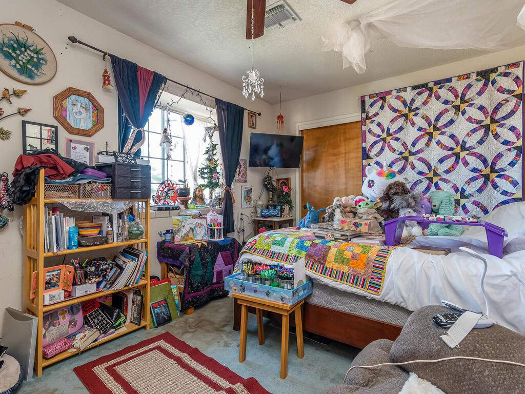 5070-White-Tail-Pl-Paso-Robles-CA-93446-USA-015-017-Bedroom-4-MLS_Size