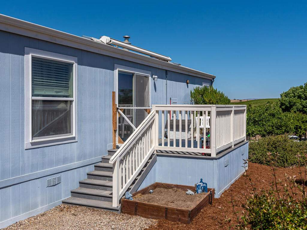 5070-White-Tail-Pl-Paso-Robles-CA-93446-USA-031-030-Guest-House-MLS_Size